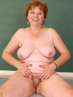 Sexy Mature Posers